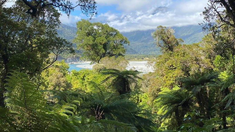 Hokitika Gorge distance