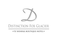 distinction logo