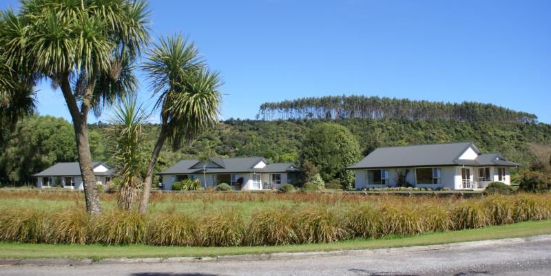 Karamea River Motels