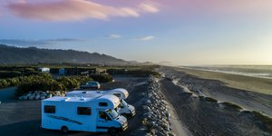 Beachfront sites - Ross Beach Top10 holiday Park