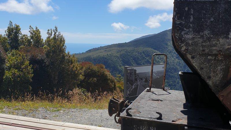 Coal cart.jpg