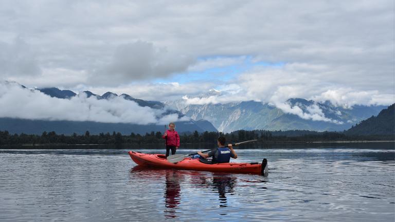 Glacier-Country-Kayaks.PNG