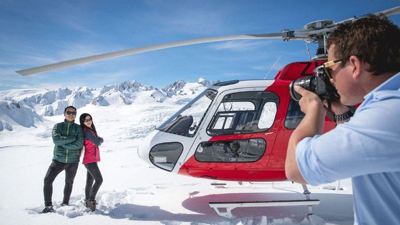 Glacier Helicopters.JPG