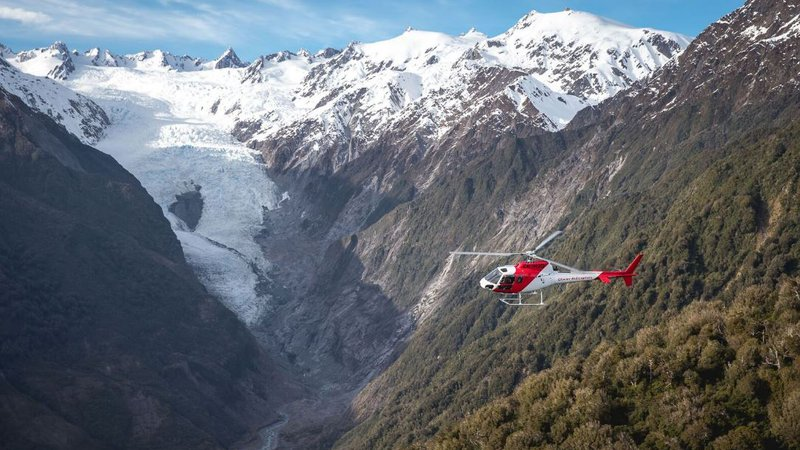 Glacier Helicopters4.JPG