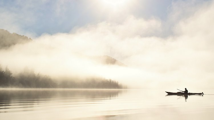 Glacier Kayaks - winter paddle Mapourika Mist (002).JPG