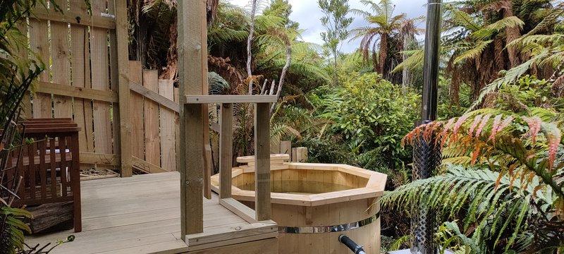 Goldfields Hot tub.jpg