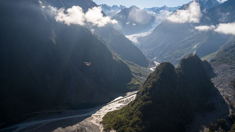 Helicopter flight into Fox Glacier - 1584