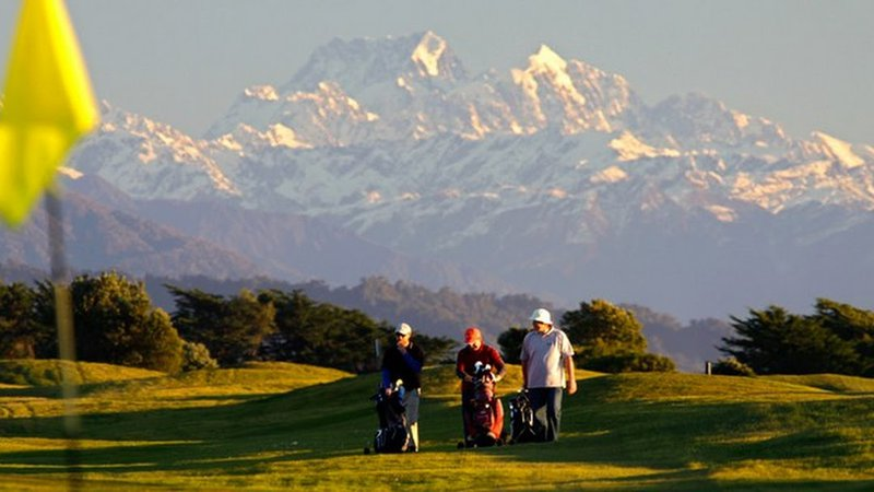 Hoki Golf.jpg