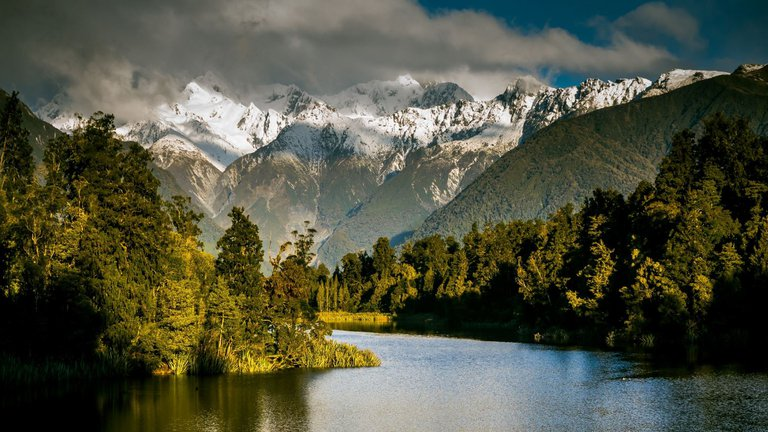 Lake Matheson Fox Glacier Country1.jpg