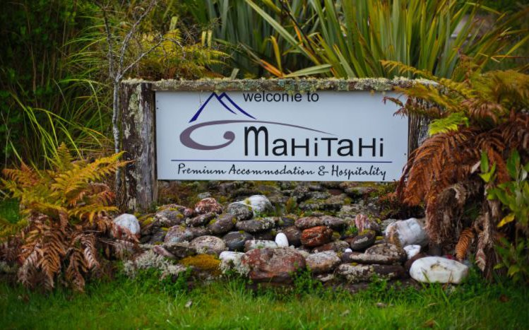 Mahitahi welcome.JPG
