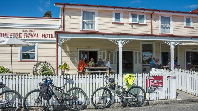 Theatre-Royal-Hotel-Cyclists.jpg