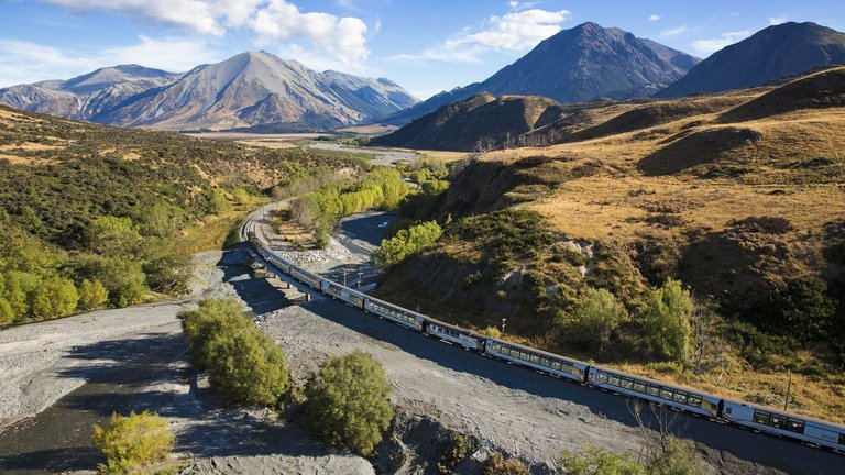 Tranz Alpine Views