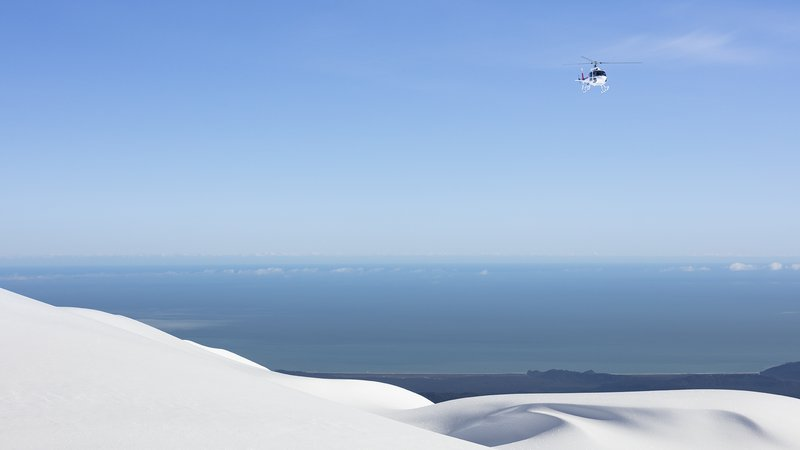 Vantage Helicopters on the West Coast with Tasman Sea in the background (4914).jpg