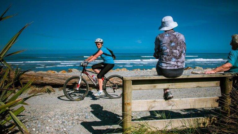Greymouth, Tasman Sea
