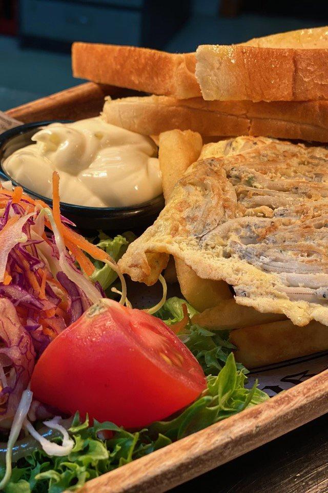 Whitebait Sandwich - Full of Beans Cafe (3).jpg