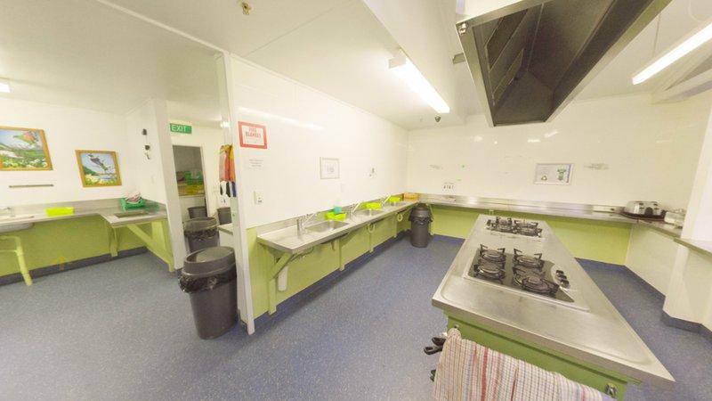 YHA Franz Josef - interior - kitchen 1 - 2015 DGStills.jpg